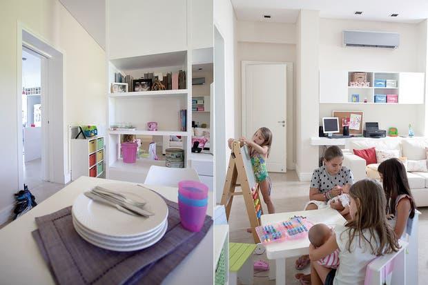 Se diseñaron tres zonas definidas: un escritorio, un living y un área para comer, virtualmente separado del resto por una biblioteca traslúcida de líneas simples.  Foto:Living /Daniel Karp
