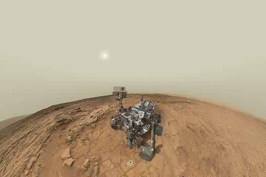 El explorador Curiosity hizo, desde Marte, la autofoto más remota, en una imagen que compuso con varias tomas. Foto: Gentileza NASA