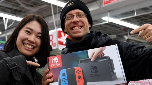 La Nintendo Switch tendrá un precio de 299 dólares y busca ser el equipo que vuelva a posicionar a la compañía entre el dominio que tienen Sony y Microsoft en el sector