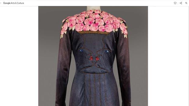 Detalle de la espalda del vestido surrealista de Elsa Schiaparelli, de 1937
