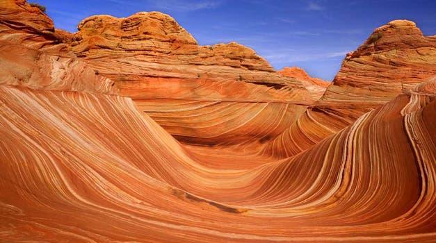 """La denominada """"Ola"""", que se encuentra en el estado de Utah, se formó en rocas talladas por siglos de erosión. Foto: BBC Mundo"""
