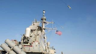 Cazas rusos vuelan en forma agresiva sobre un destructor de EE.UU. en el mar Báltico