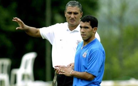 Manías y supersticiones: la historia de DT de Brasil que se peleó con Tevez y Neymar