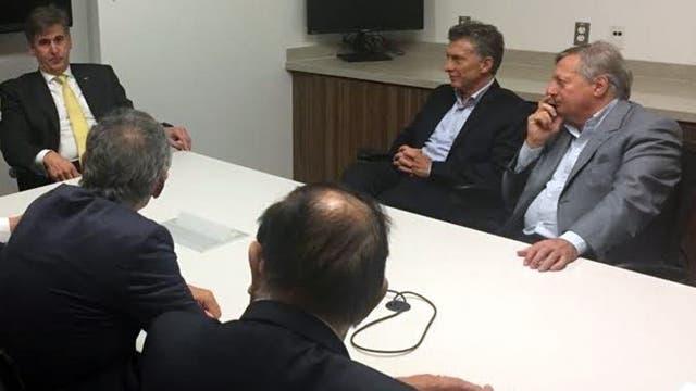 Mauricio Macri en la planta de de Dow Chemical Company. Foto: DyN / Presidencia