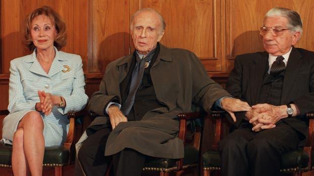 Junto al escritor Adolfo Bioy Casares. Foto: Gentileza Clarín