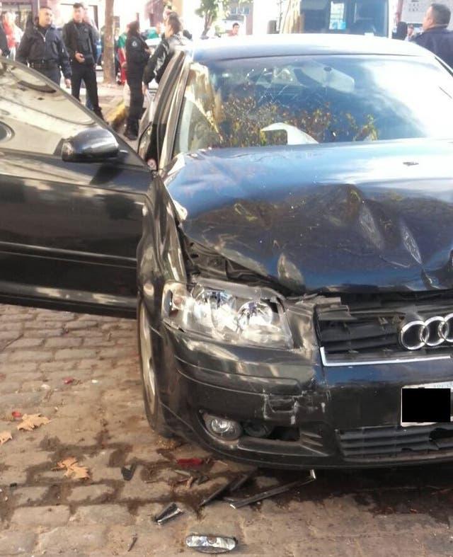 Un auto con localizador, recuperado en Flores