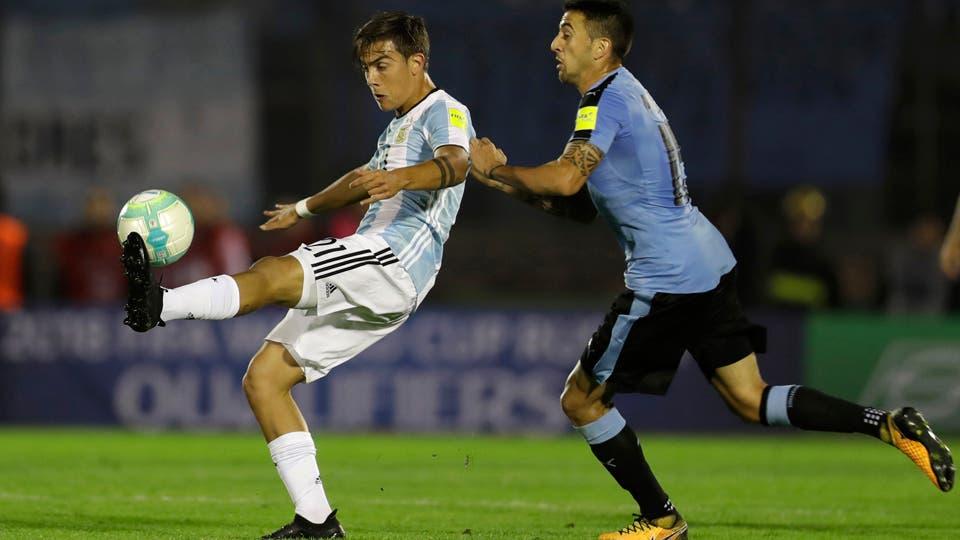 Lo mas destacado de la noche en el estadio Centenario. Foto: AP