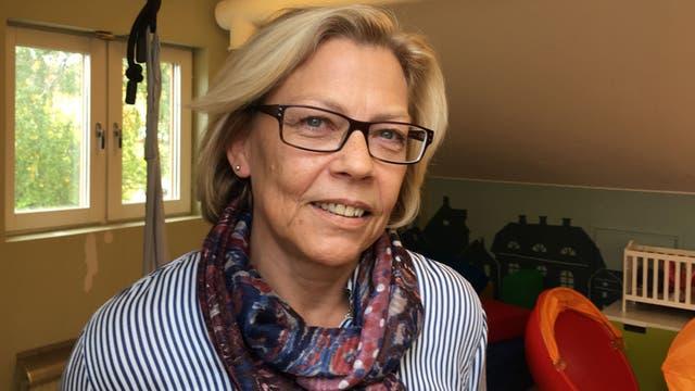 Annica Carlshamre: esta enfermedad tiene mucho que ver con trauma, no asilo.