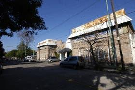 Funcionarios de Macri consideraron el predio del Club Deportivo Español para alojar la academia de policía