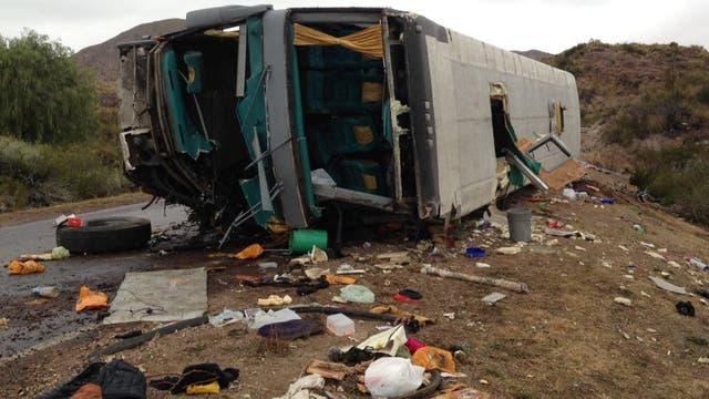 """""""Me vuelven imágenes de mis amigos tirados"""", contó una sobreviviente del accidente en Mendoza"""