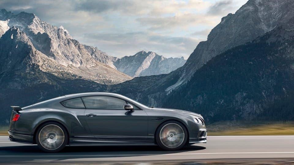 Este Bentley acelera de 0 a 100 km/h en 3,5 s y alcanza una velocidad final de 336 km/h. Foto: bentleymotors.com