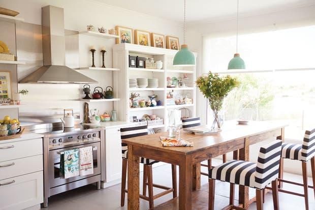Deco con detalles rom nticos soledad avaca cuenca - Como decorar una casa rural ...