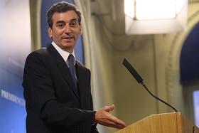 Randazzo pidió que Macri vaya a la reunión del lunes por el transporte