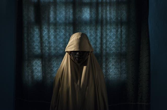 Aisha, de 15, fue usada como bomba humana, pero logró escapar