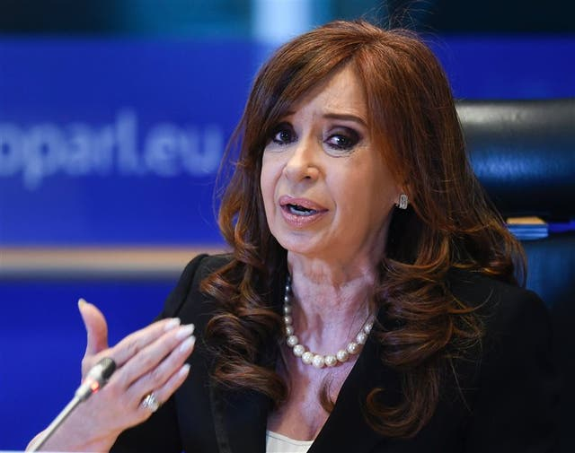 Kirchner, durante una charla en Europa, en mayo