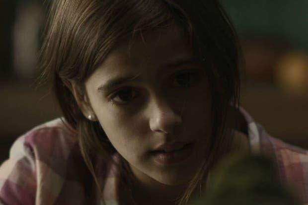 Valentina Marcone, como Juana, la nena que descubre un secreto familiar