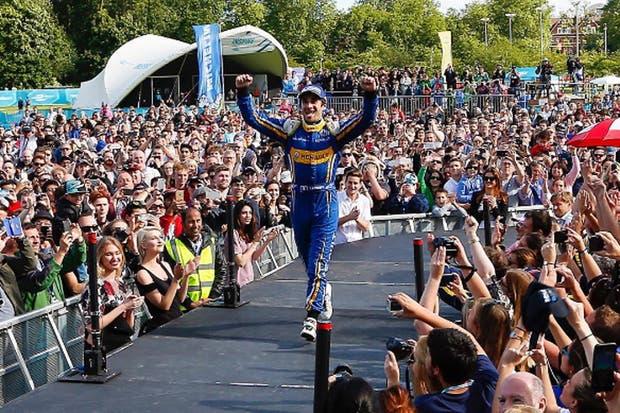 Nicolas Prost se quedó con la primera victoria en la Fórmula E