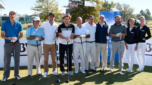 Batistuta con las celebridades en Pilar Golf