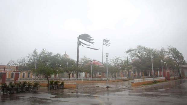 Las calles de Miami están desiertas a la espera de la llegada del huracán Irma