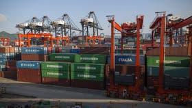 Uruguay aumentará impuestos a la importación, incluso de la Argentina
