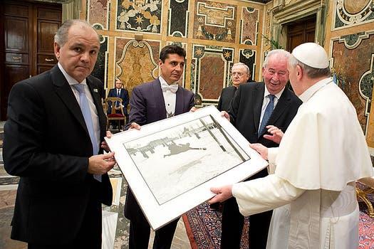 El 13 de agosto de 2013 fue recibido por el papa Francisco. Foto: Archivo
