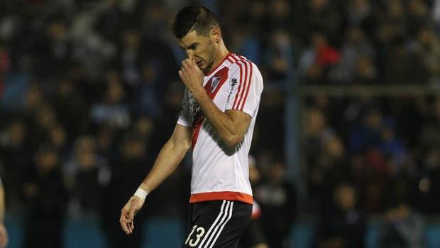 Lucas Alario se hizo la revisión médica por la mañana con los enviados de Bayer Leverkusen y por la tarde se entrenó con River en el predio de Ezeiza; el delantero está decidido a irse