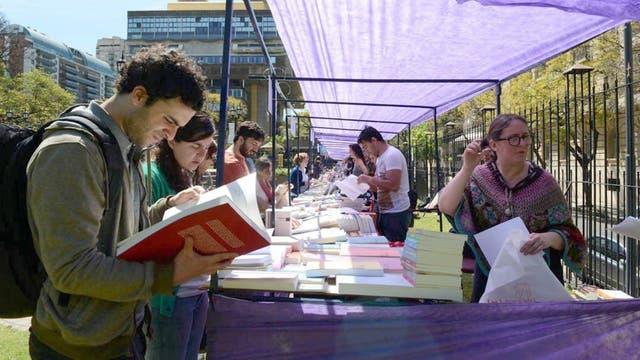 La jornada es en la plaza Rayuela de la Biblioteca