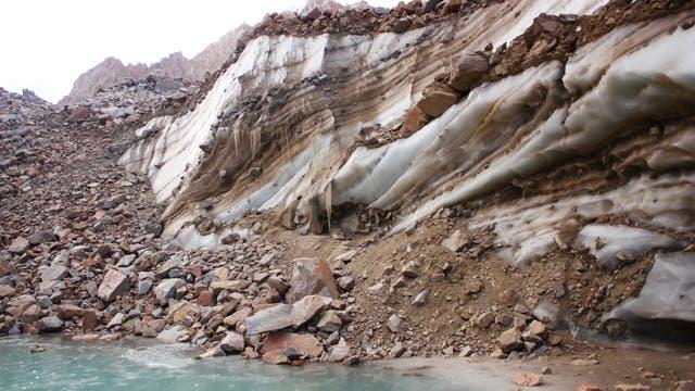 Glaciar cubierto del Tunuyán. Mendoza