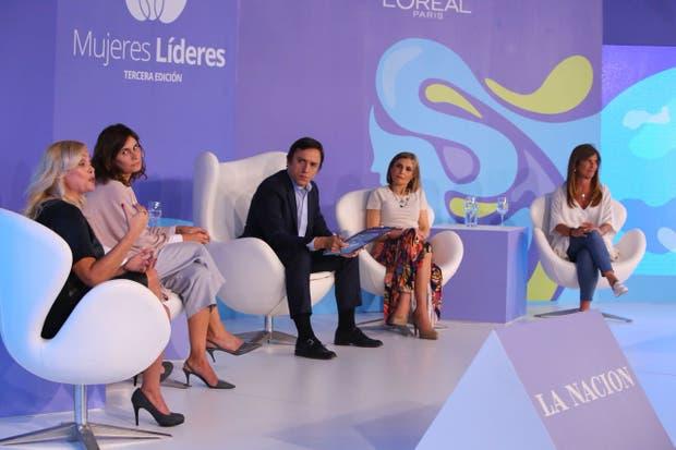 Jackie Maubre (Cohen), Paula Cahen D'Anvers (Etiqueta Negra), José Del Rio (LA NACION), Alicia Caballero (UCA) y Mariel Fornoni (Management & Fit)