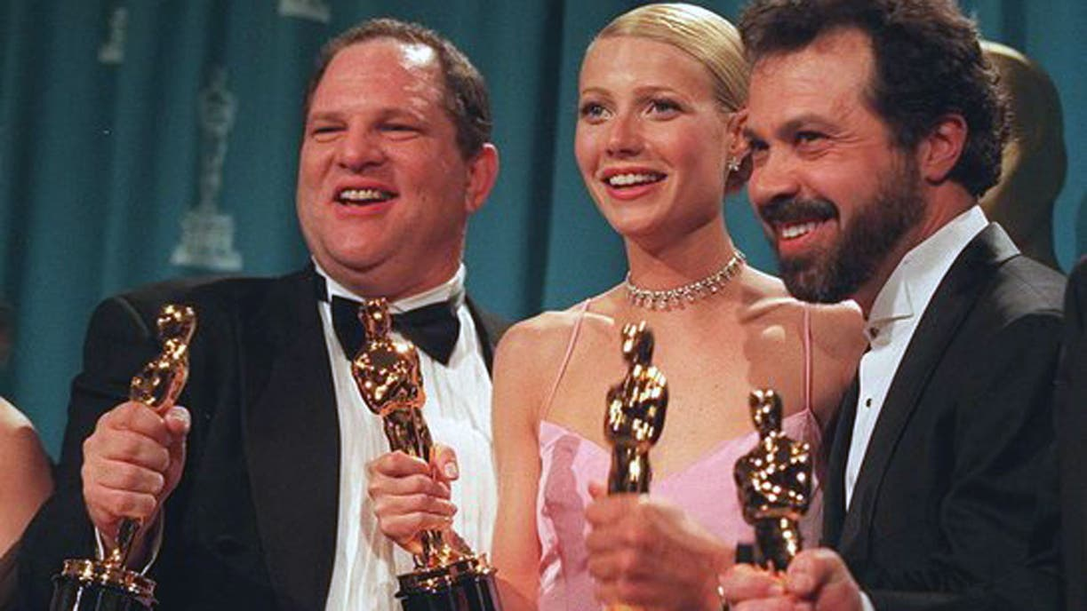 Weinstein y su Oscar a mejor productor por Shakespeare in love