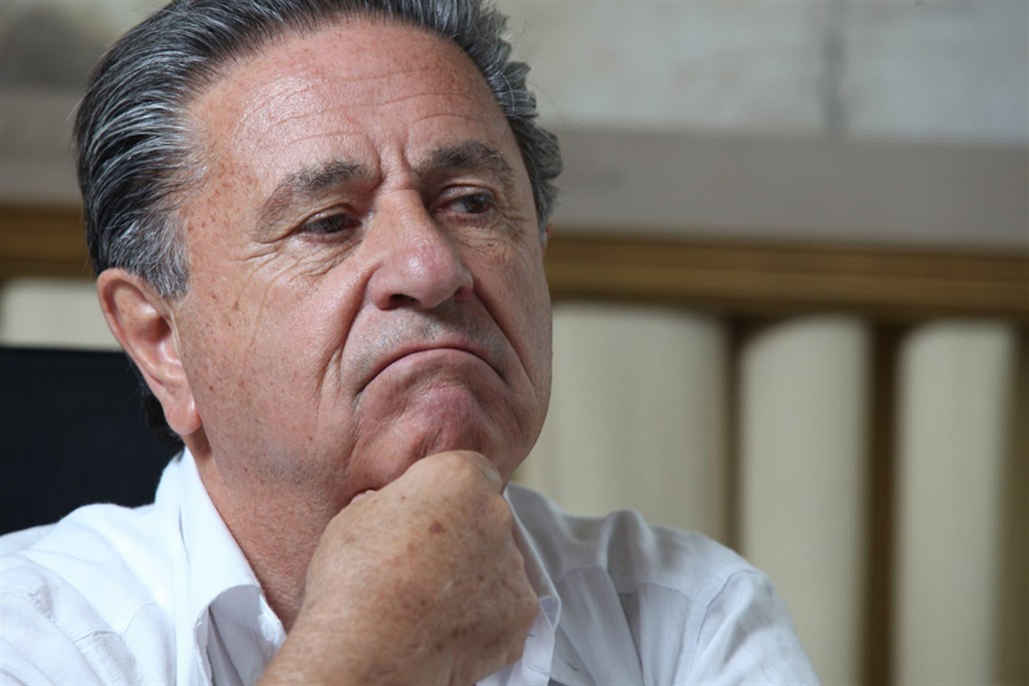 Con el aval del Presidente y Cristina, Eduardo Duhalde propone la venta de productos por peso