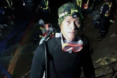 Samarn Poonan, un miembro de la unidad de élite Seal de 37 años, murió durante las operaciones de rescate