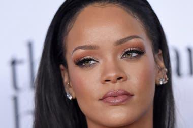 Rihanna es una de las estrellas que se mostraron en contra de Trump durante su campaña presidencial. La cantante estaba a favor de Hillary Clinton.