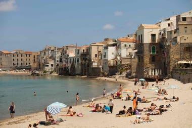 Sicilia cubrirá la mitad de los vuelos y un tercio de las estadías en el hotel