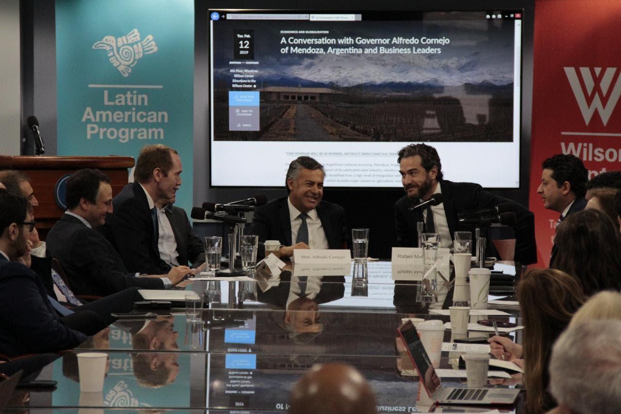 En Washington, Cornejo no descartó una interna presidencial en Cambiemos, y dijo que Lousteau puede ser candidato