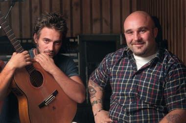 """""""El carnicero de Giles"""" es un experimento, dos canciones en una que firmó la dupla Vicentico-Sr. Flavio"""