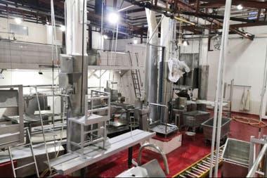 El interior de la planta frigorífica