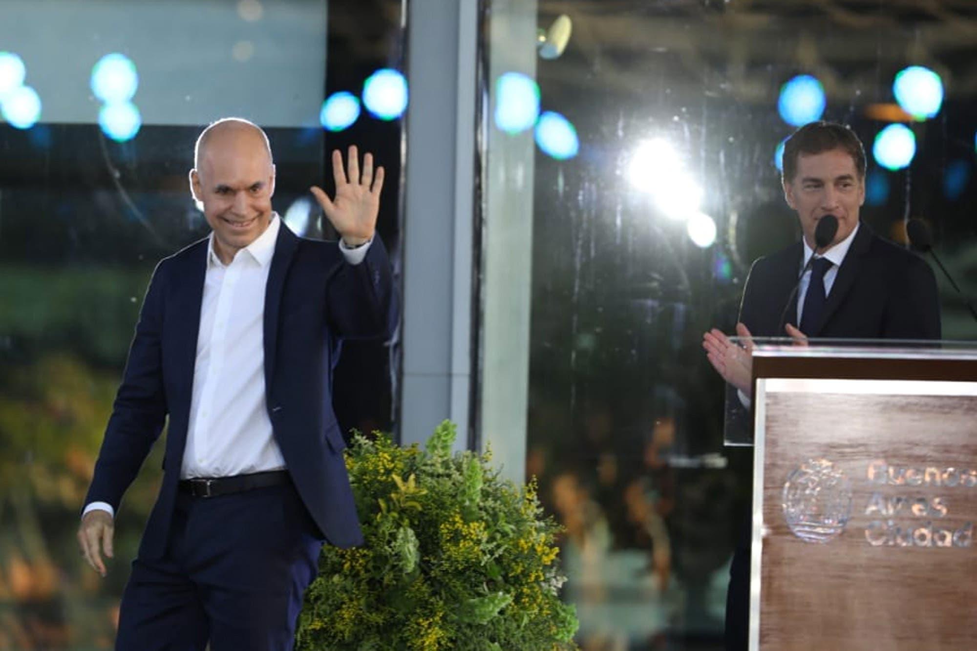 Con la presencia de Macri y Vidal, Horacio Rodríguez Larreta les tomó juramento a sus ministros y secretarios