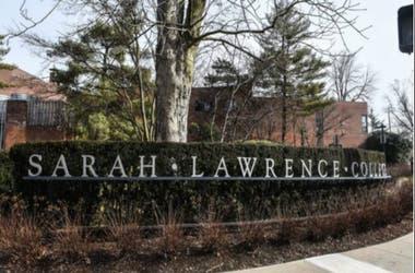 """Sarah Lawrence College dice que investigó el tema pero que sus pesquisas no """"corroboraban"""" las denuncias específicas contra Ray hechas en The Cut."""
