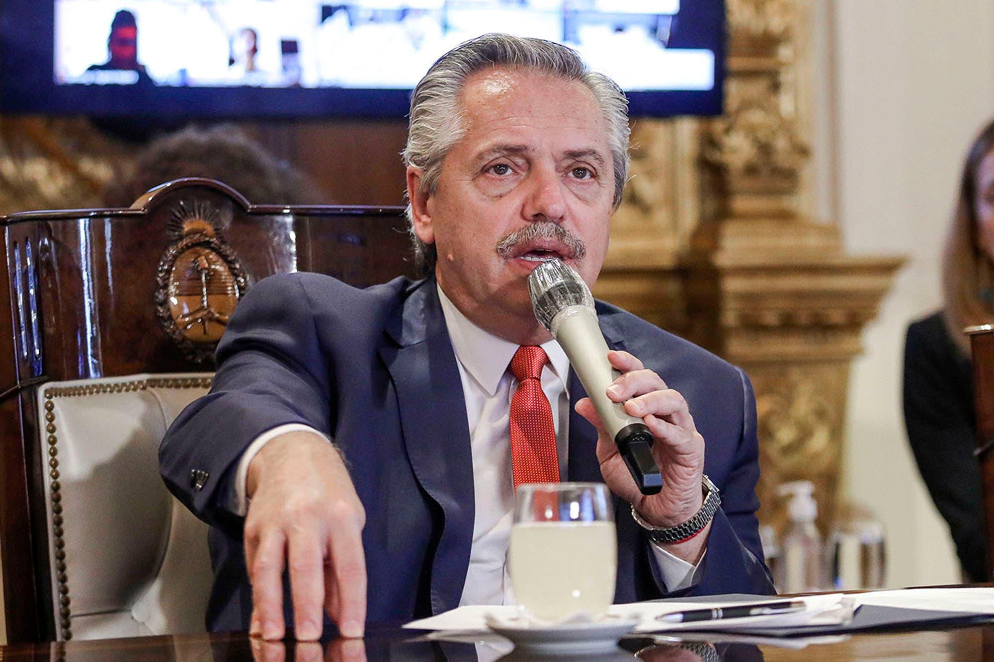 Coronavirus: Alberto Fernández se reúne por videoconferencia con intendentes para flexibilizar la cuarentena