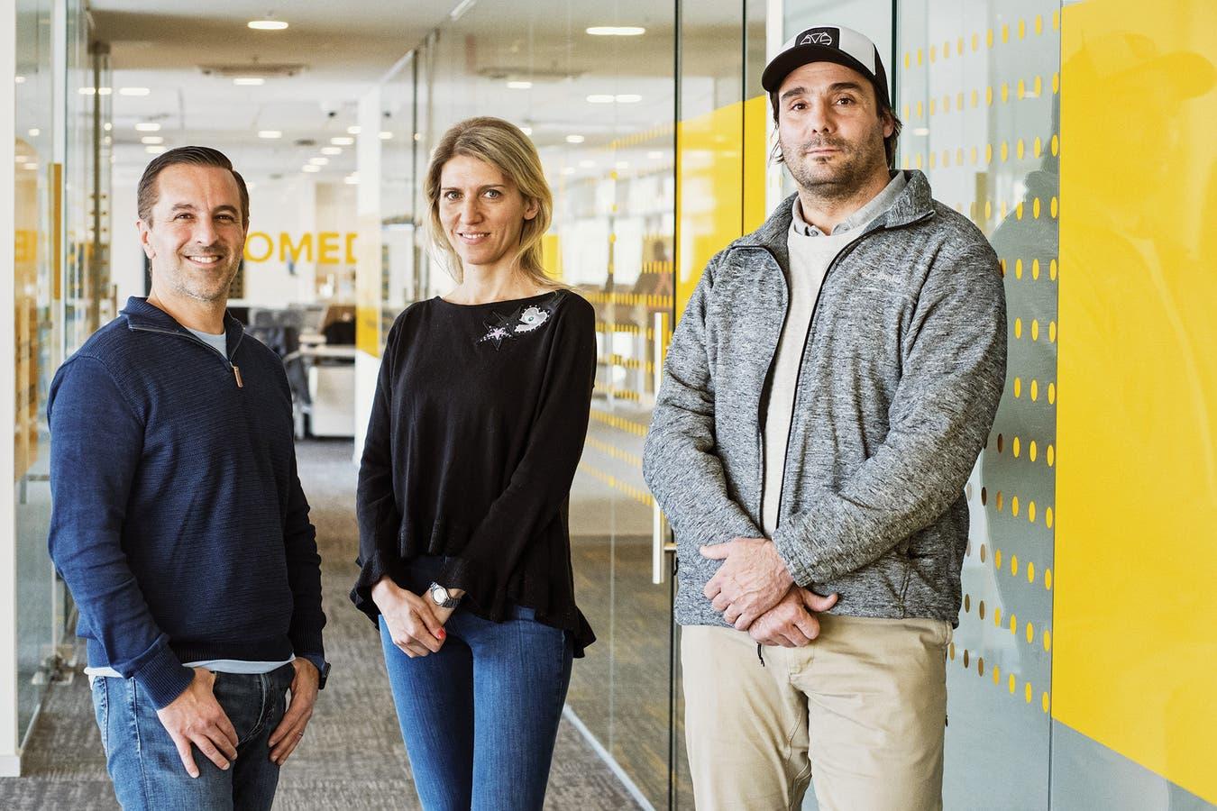 Sebastián Fernández Silva (chief people officer), Valeria Bazzi (directora de RRPP) y Eric Sutton (director de Operaciones)