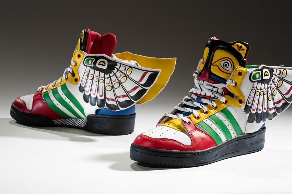 big sale f4d0a 4e486 Zapatillas  de la lona a la alta moda, un negocio de US  55.000 millones -  LA NACION
