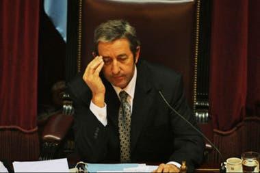 """En la madrugada del 17 de julio de 2008, Julio Cobos definió con su voto """"no positivo"""" el freno a la resolución 125 de retenciones móviles"""