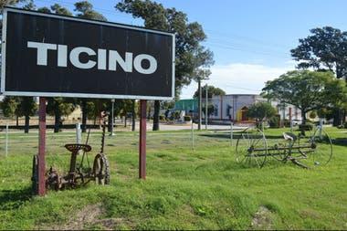 """Hasta 1911 el pueblo se conocía como """"Kilómetro 228"""". Ticino hace referencia a un cantón suizo"""