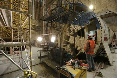 Una de las tuneleras que trabaja en la obra del emisario sistema Riachuelo