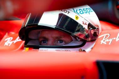 La mirada de Vettel a bordo de la Ferrari