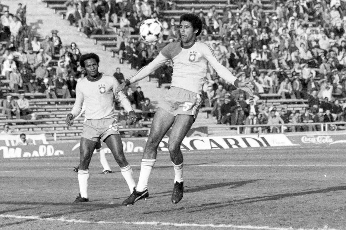 Toninho Cerezo (14 de junio de 1978): representante perfecto de lo mejor de la escuela brasileña; el volante jugó con apenas 23 años en el Mundial 78; en los 90, cerca del retiro, fue el líder del San Pablo bicampeón mundial con Telé Santana