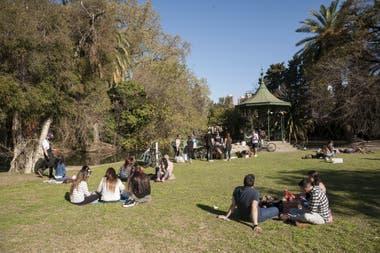 El último domingo muchos disfrutaron del sol en los Bosques de Palermo