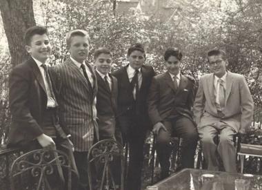 Un joven Donald con amigos de la infancia (Washington Post)