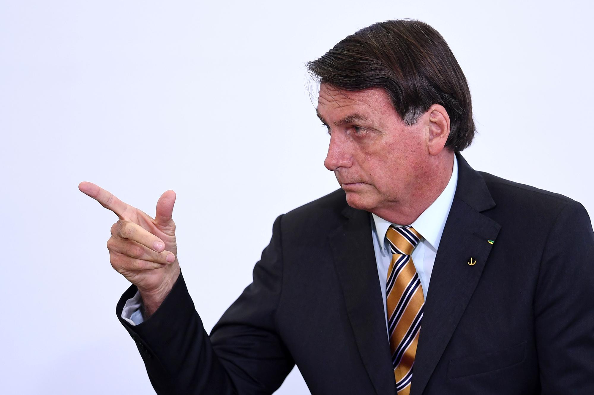 """""""Epidemia de desilusión"""". El mensaje en Twitter de Jair Bolsonaro contra el gobierno de Alberto Fernández"""